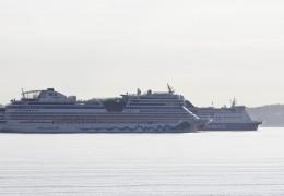 AIDAmar og Crown Seaways 10. maj 2013